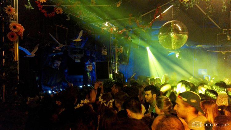 Klangkarussell luce ante un lleno Creame Madrid