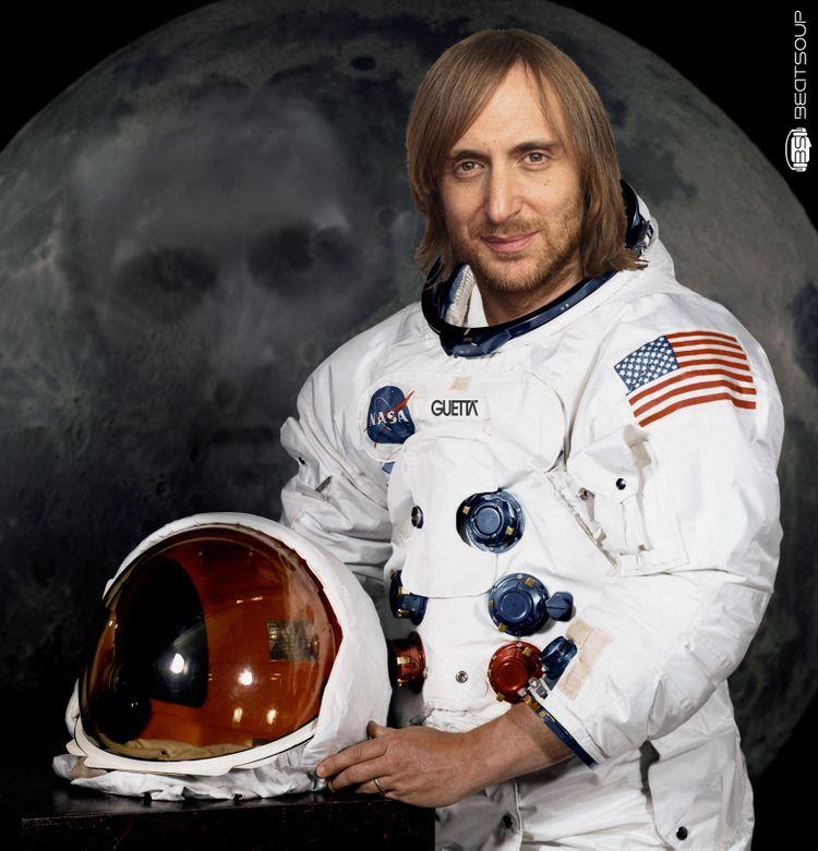 David Guetta quiere ser el primer DJ en pinchar en el espacio... y deadmau5 opina