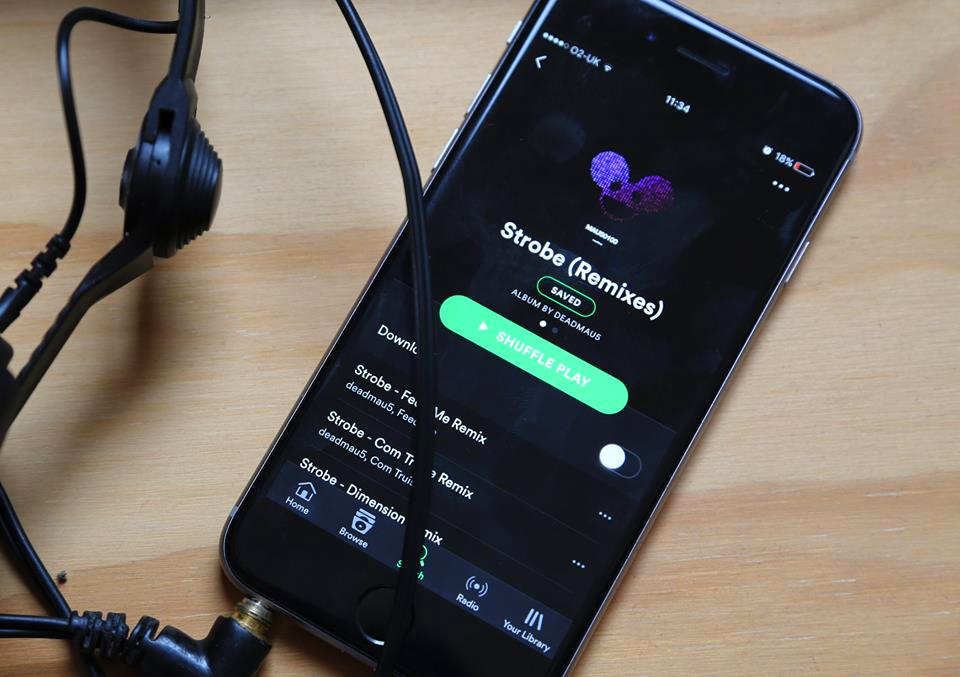 "deadmau5 presenta el pack de remixes para ""Strobe"""