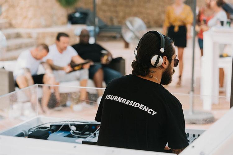 ¿Tienes talento como DJ? BURN Residency 2018 te está buscando