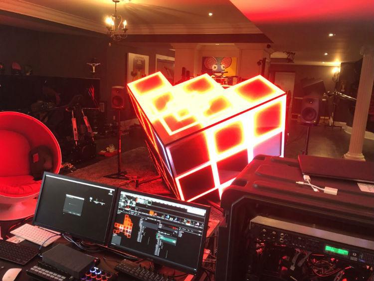 Deadmau5 lanza su remix de Strobe en versión orquesta en su nuevo cubo 0.5