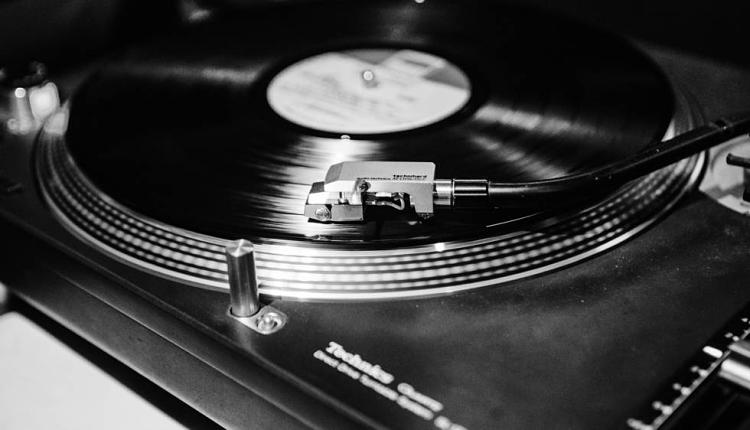 Breve historia sobre los primeros discos, ¿sabías cuándo y cómo se crearon?