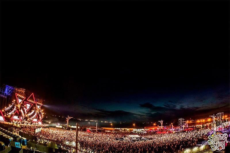 100.000 personas disfrutan del soberbio Quinto Aniversario de A Summer Story