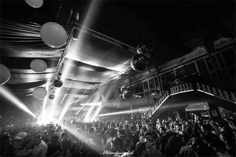 Metro Dance Club propone un año nuevo en familia
